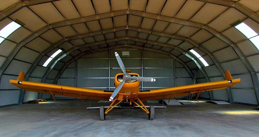 Flugzeughangars