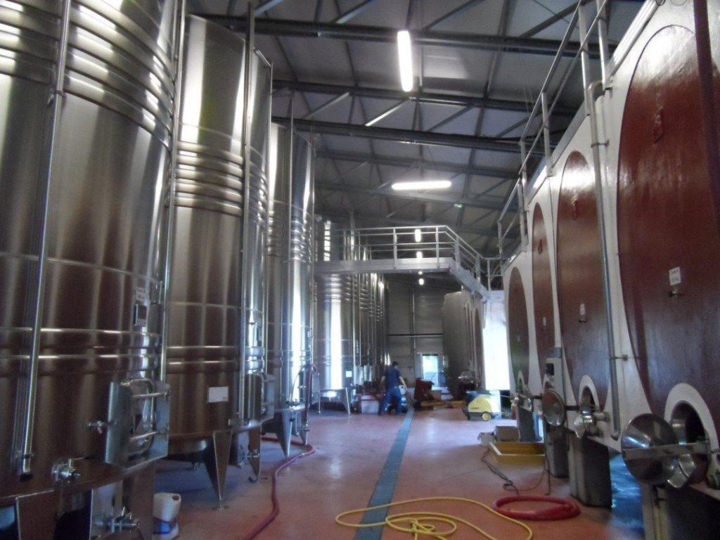 landwirtschaftliche Weinkellereien